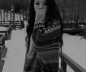 ulzzang, korean, and winter image