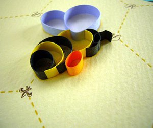 bee, Paper, and quilling image