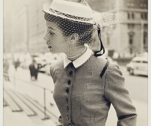 black and white, vintage, and hat image