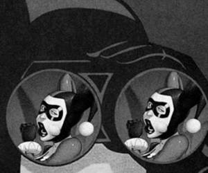 batman, xxx, and arlequina image