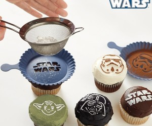 star wars and cupcake image