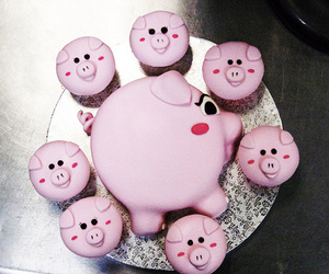 cakes, piggy, and pigs image