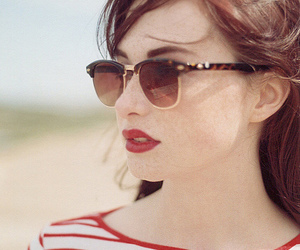 girl, vintage, and red image