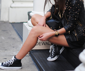 black, brunette, and converse image