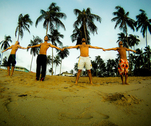 peace, forfun, and friends image