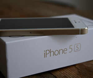 gold, luxury, and iphone 5s image