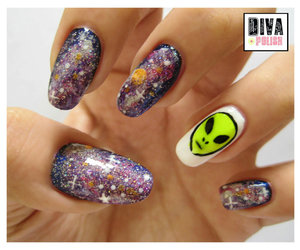 alien and nails image