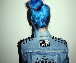 :), hair, and <3 image