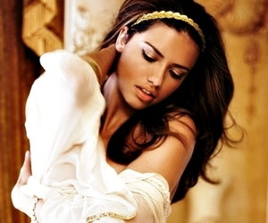 Adriana Lima, angel, and body image