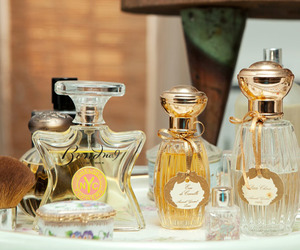 pretty, perfume, and Teen Vogue image