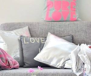 chic, comfy, and home design image