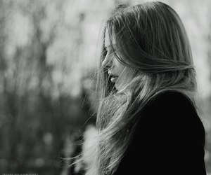 photography, black and white, and blonde image