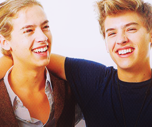 dylan sprouse <3 image
