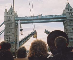 london and bridge image