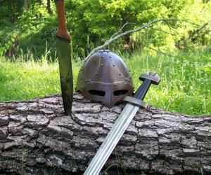 sword and viking image