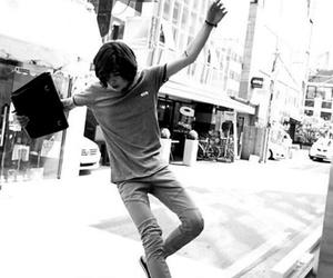 b&w, black&white, and korean fashion image