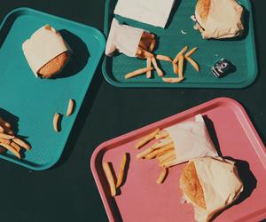 chips, food, and hamburguer image