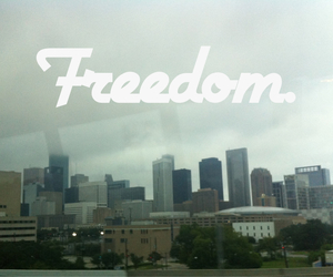 beauty, buildings, and freedom image