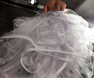 dress, wedding dress, and oscar de la renta image