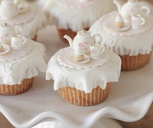 cupcake, dessert, and sweet image