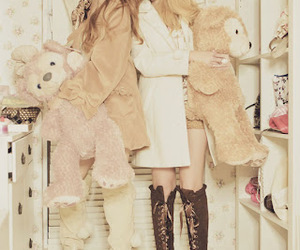 brown, romantic, and duffy image
