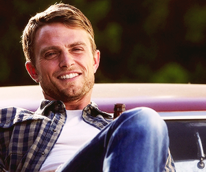 hart of dixie, wade kinsella, and hod image