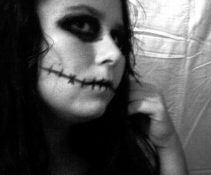 black & white, pretty girl, and zombie image