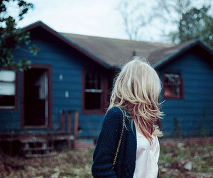girl, house, and blonde image