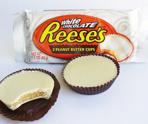 chocolate, peanut butter, and cups image
