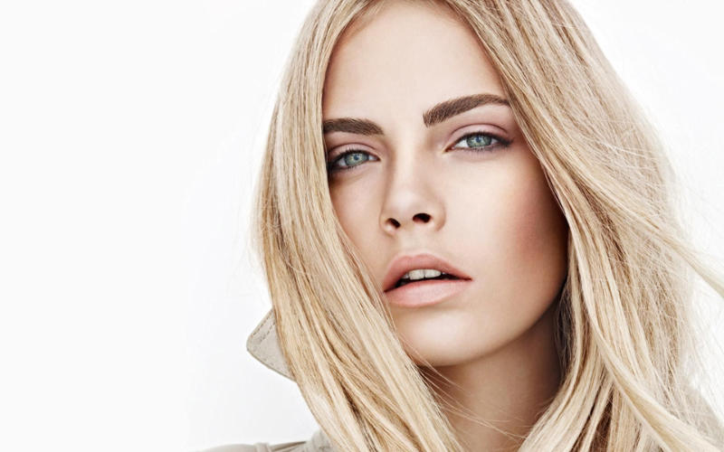 Cara Delevingne For Burberry Beauty Spring 2011 Campaign
