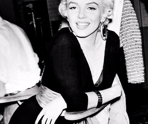 icon, marilyn, and beauty image