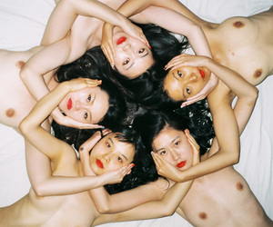 d, photo, and ren hang image