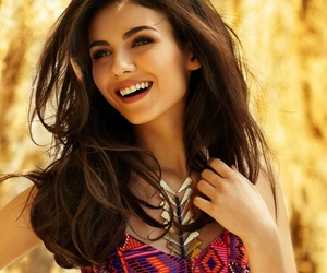 sexy, smile, and victoria justice image