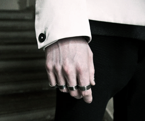 details, rings, and fashion image
