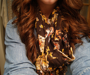 hair, fashion, and scarf image