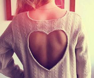 beauty, blouse, and heart image