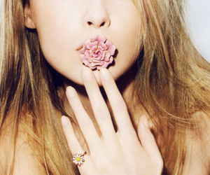 girl, model, and flowers image