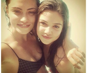 phoebe tonkin and danielle campbell image