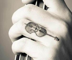 black, hand, and violin image