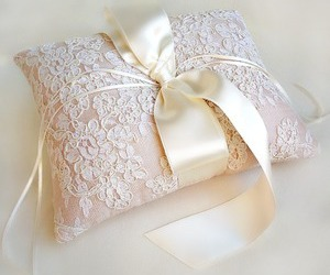 pillow, vintage, and lace ring image