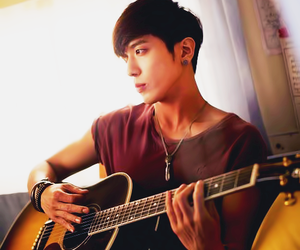 guitarra, oppa, and cnblue image
