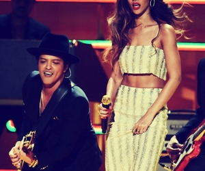 rihanna, bruno mars, and grammy image