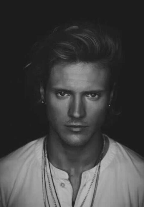 McFly, dougie poynter, and dougie image
