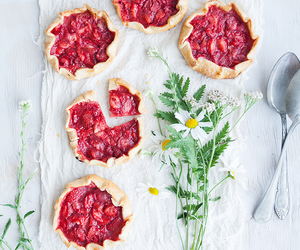 flowers, food, and strawberry image