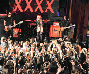 Taylor Momsen, the pretty reckless, and boy image