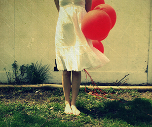 balloons and red balloons image