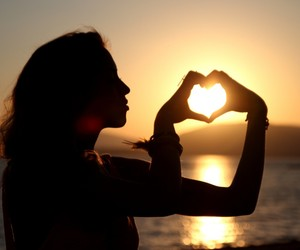girl, love, and beautiful image