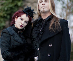 couple and gothic image