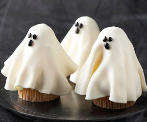 ghost, Halloween, and cupcake image