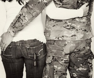 army and couple image